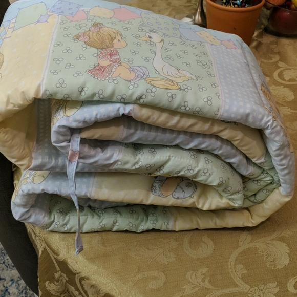 Precious Moments Other - PECIOUS MOMEMENTS VINTAGE BABY BUMPER PAD!!!